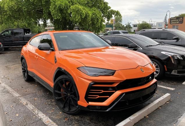 Lamborghini Urus