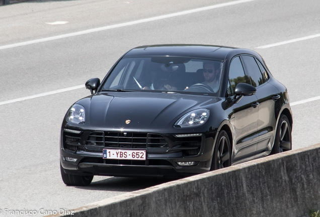 Porsche 95B Macan GTS