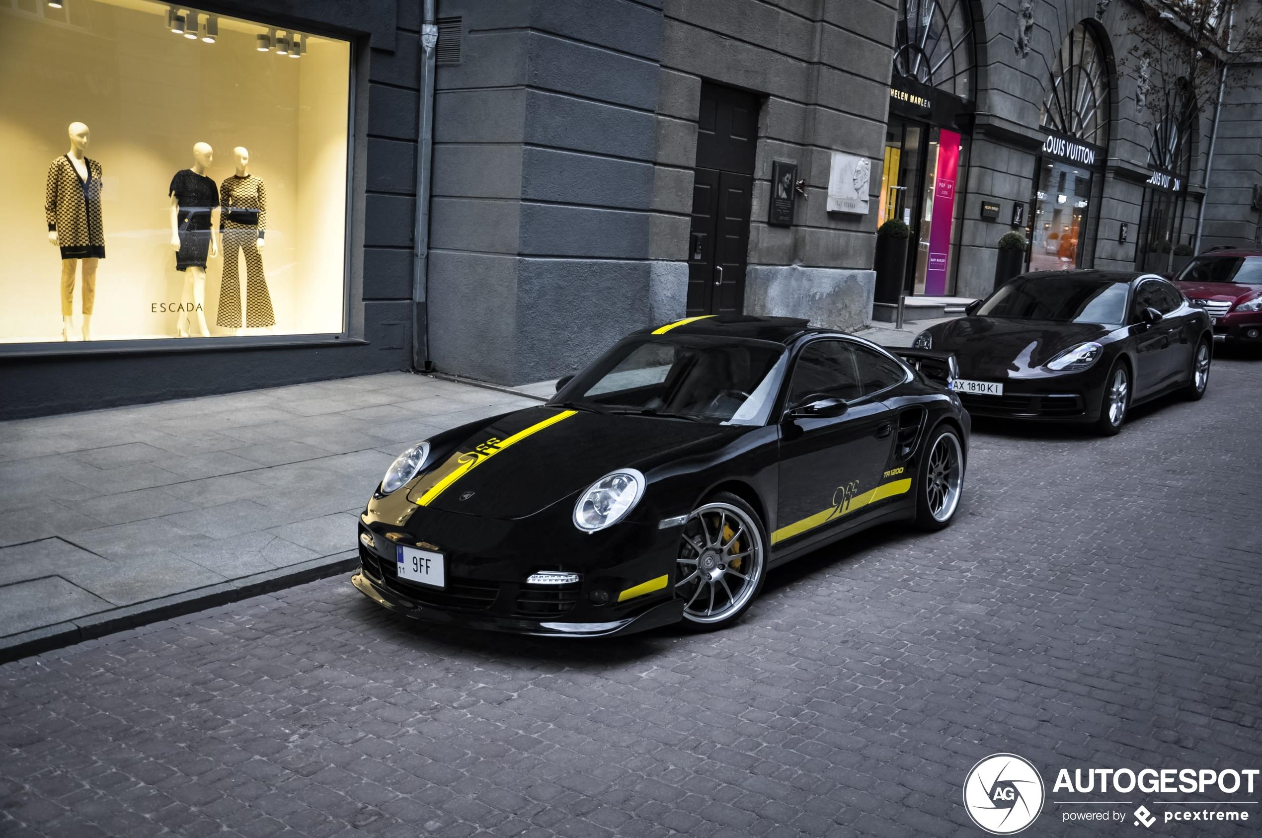 Porsche9ff GTurbo 1200