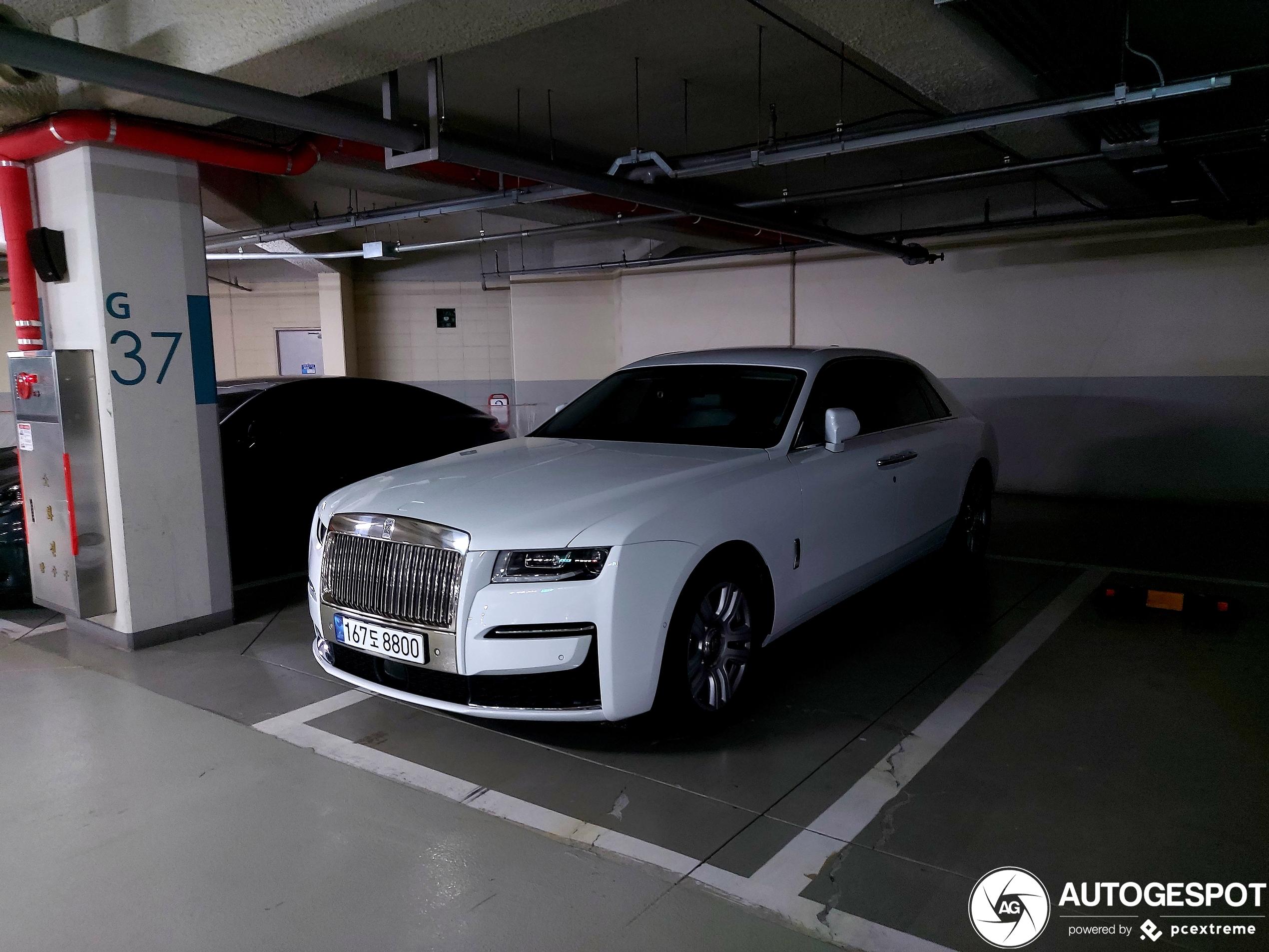 Rolls-RoyceGhost 2021