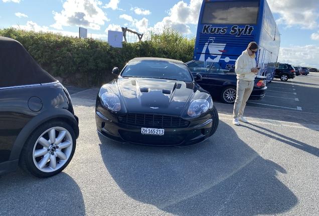 Aston Martin DBS Volante Ultimate Edition