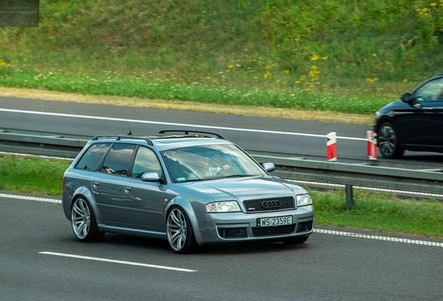 Audi RS6 Avant C5
