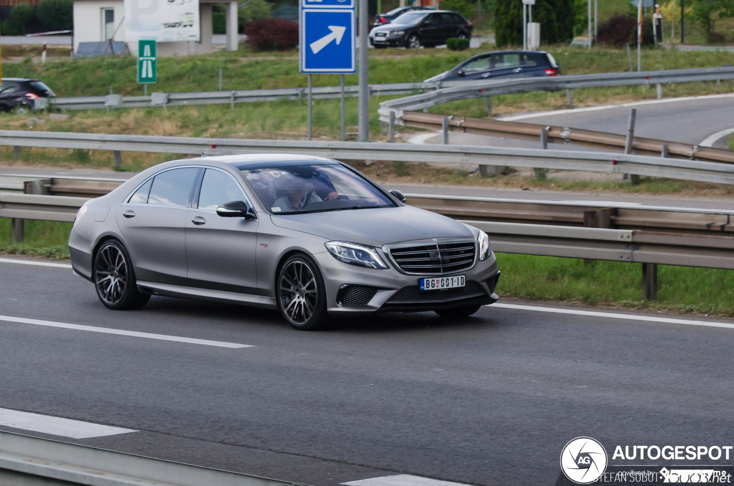 Mercedes-Benz Brabus 850 6.0 Biturbo V222