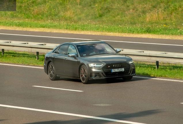 Audi S8 D5