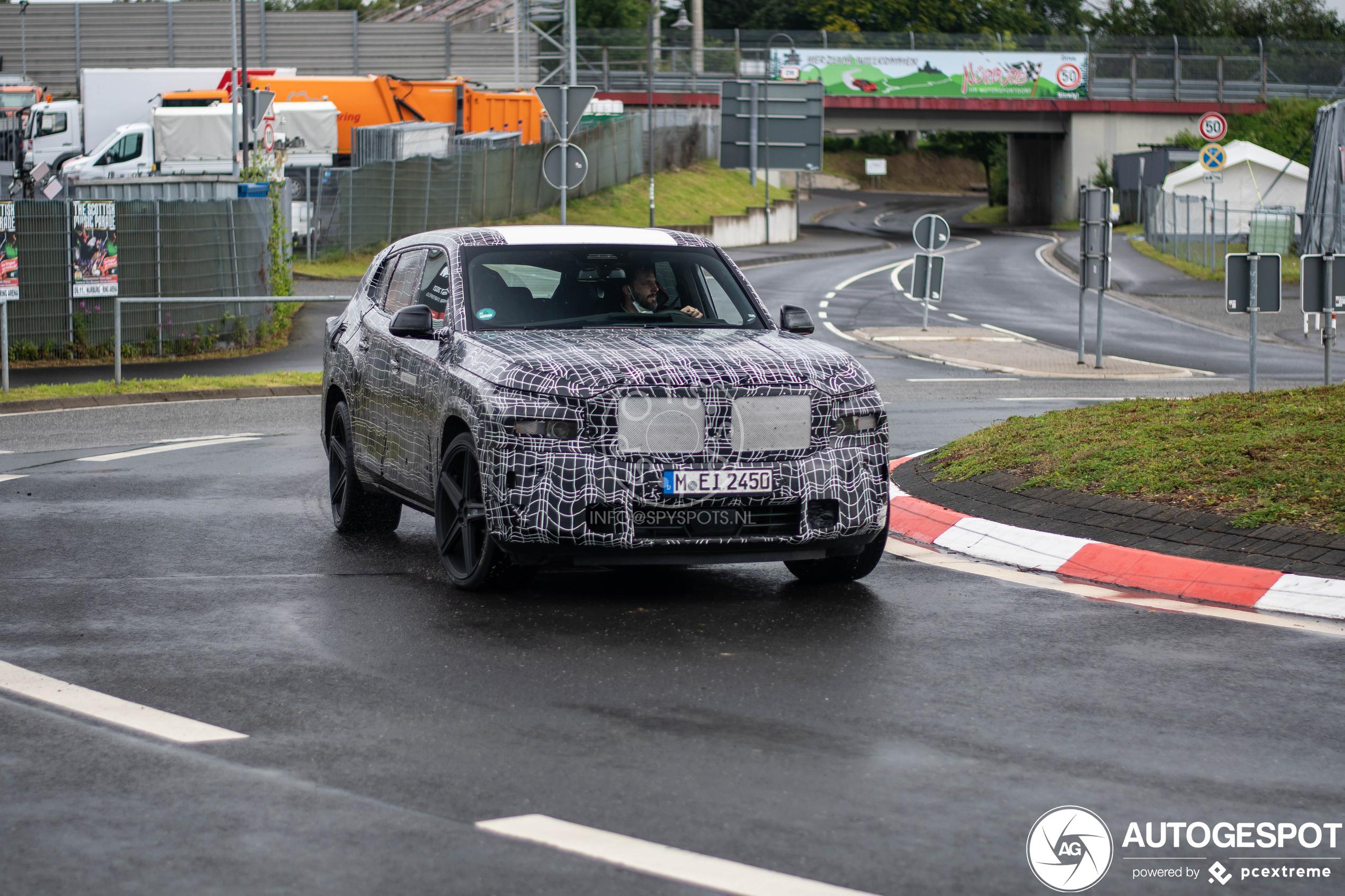 BMW XM
