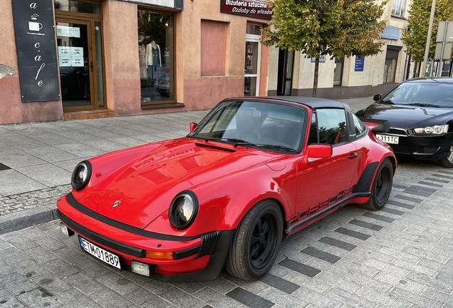 Porsche 930 Turbo Targa