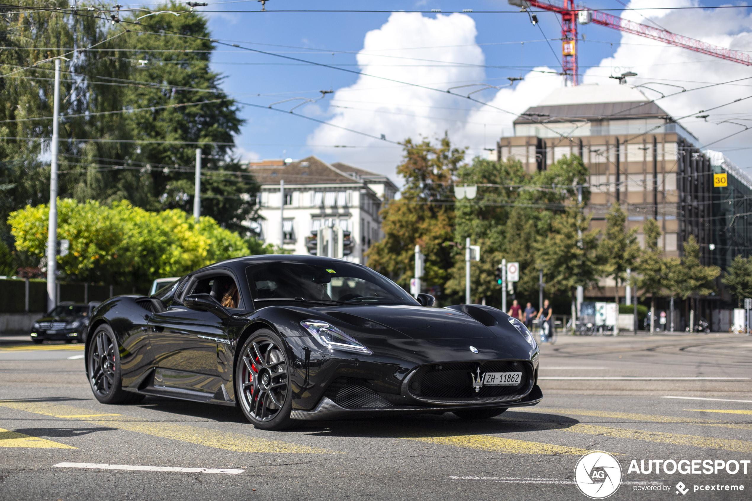 Maserati MC20 shows up in Zürich
