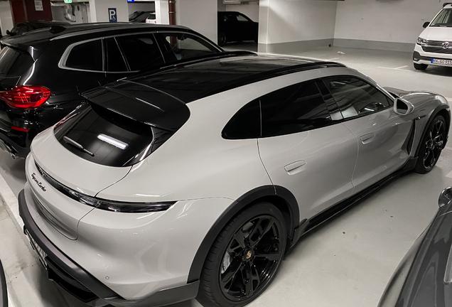 Porsche Taycan Turbo Cross Turismo