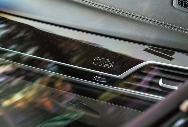 BMW M760Li xDrive 40 Jahre Edition