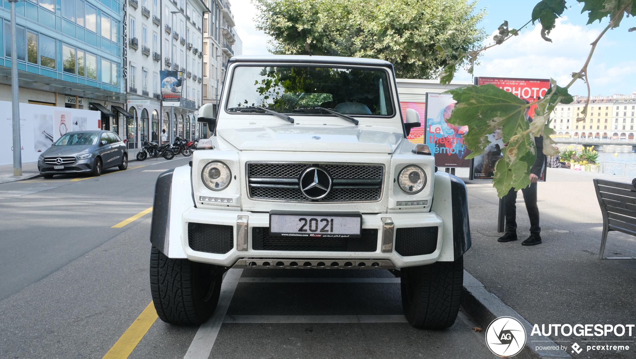 Mercedes-Maybach G 650 Landaulet als vervanger van gouden koets?