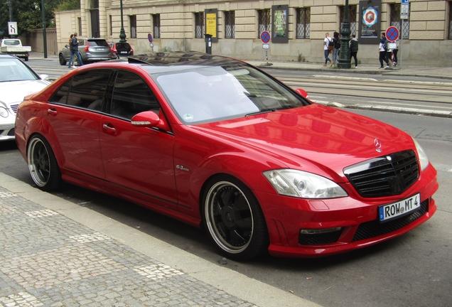 Mercedes-Benz S 63 AMG W221 2011