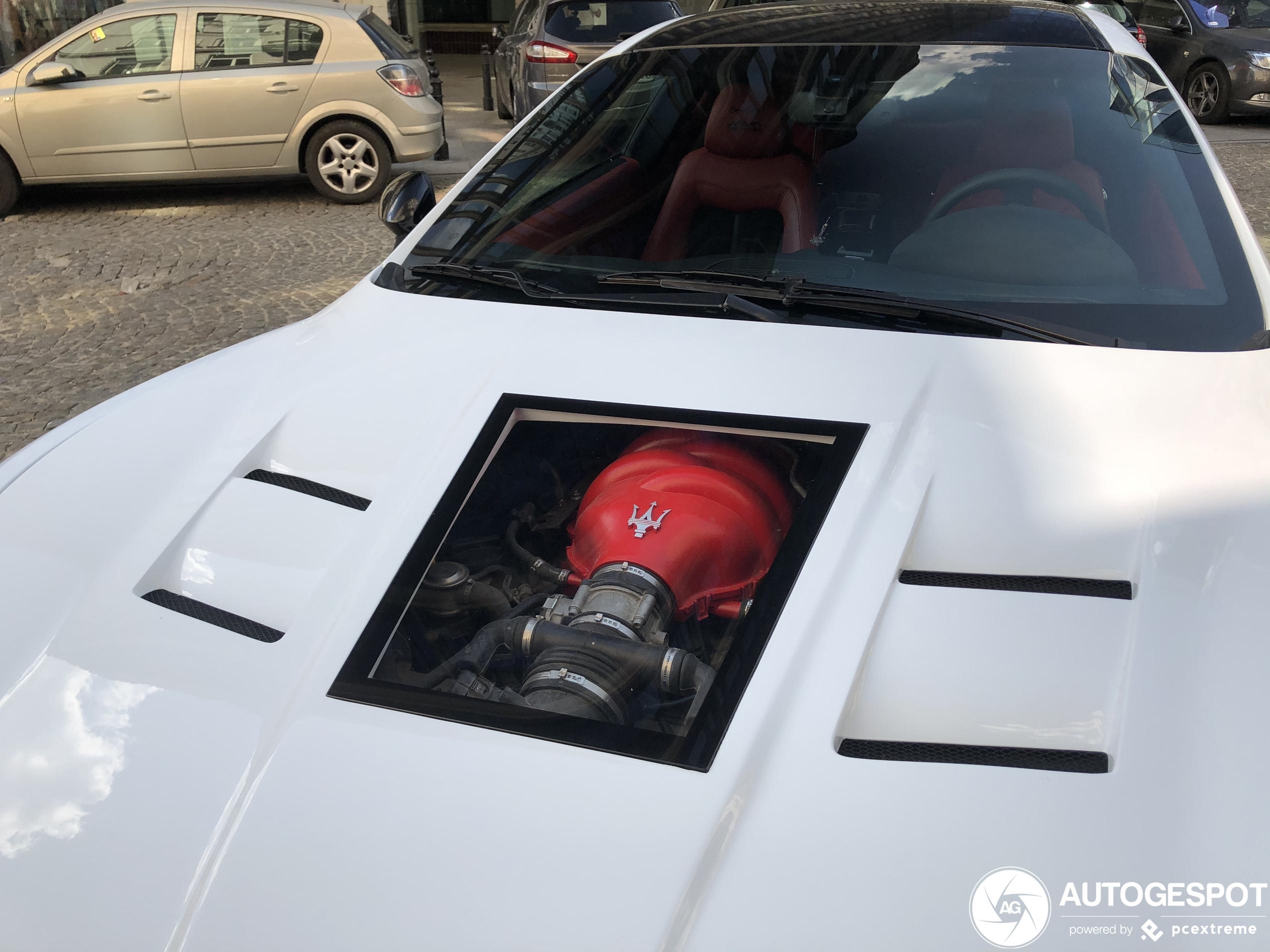 Maserati Granturismo heeft een kijkgaatje