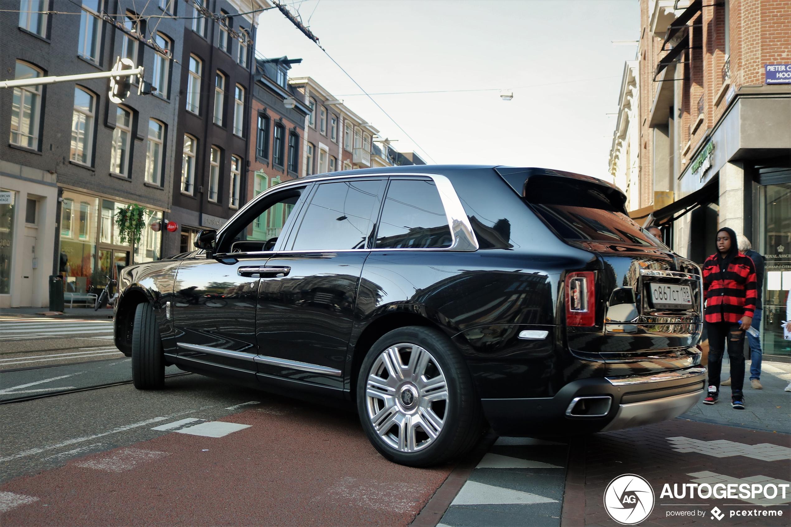 Rolls-Royce Cullinan heeft er een lekkere trip opzitten