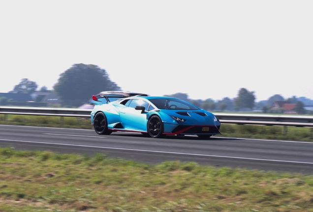 Lamborghini Huracán LP640-2 STO