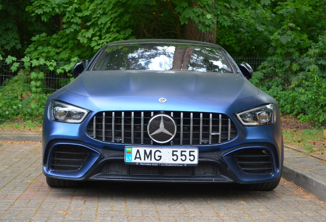 Mercedes-AMG GT 63 X290