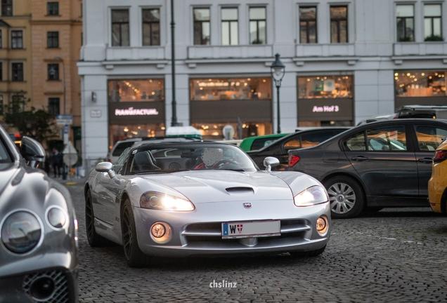 Dodge Viper SRT-10 Roadster Silver Mamba Edition